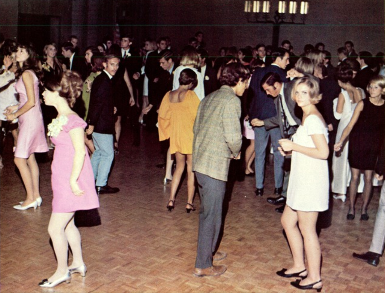College Dance Days 25 Photos From 1968 1971 Flashbak