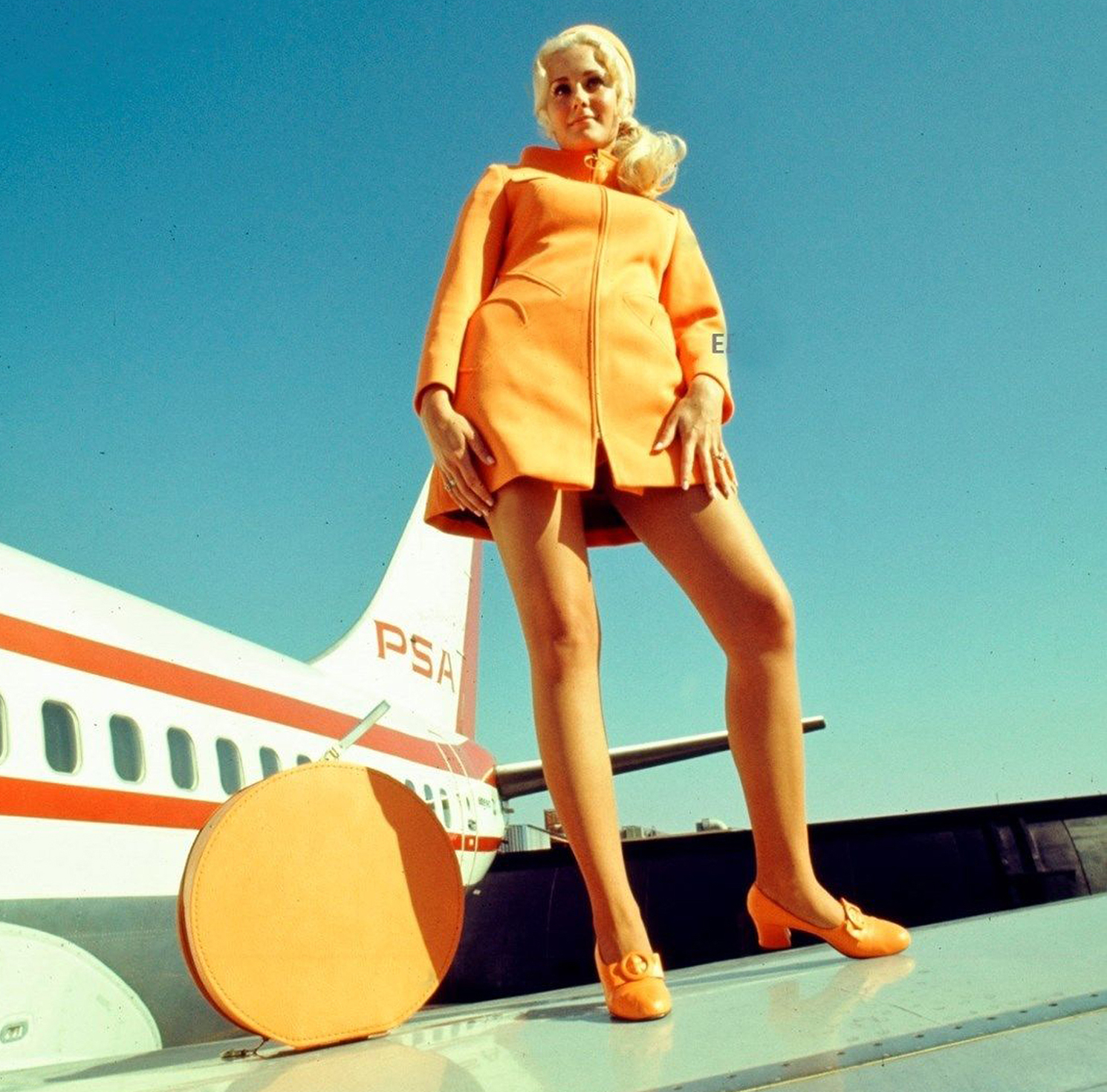 The Groovy Age Of Flight Another Look At Stewardesses Of -9194