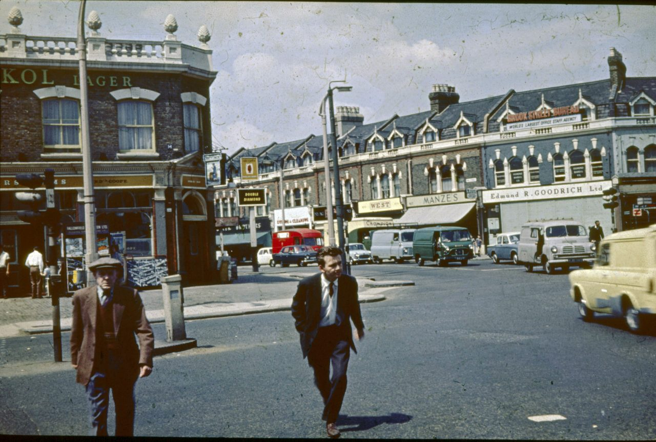 """'Lost Leyton"""" – Photos of East London in the Early 1960s"""