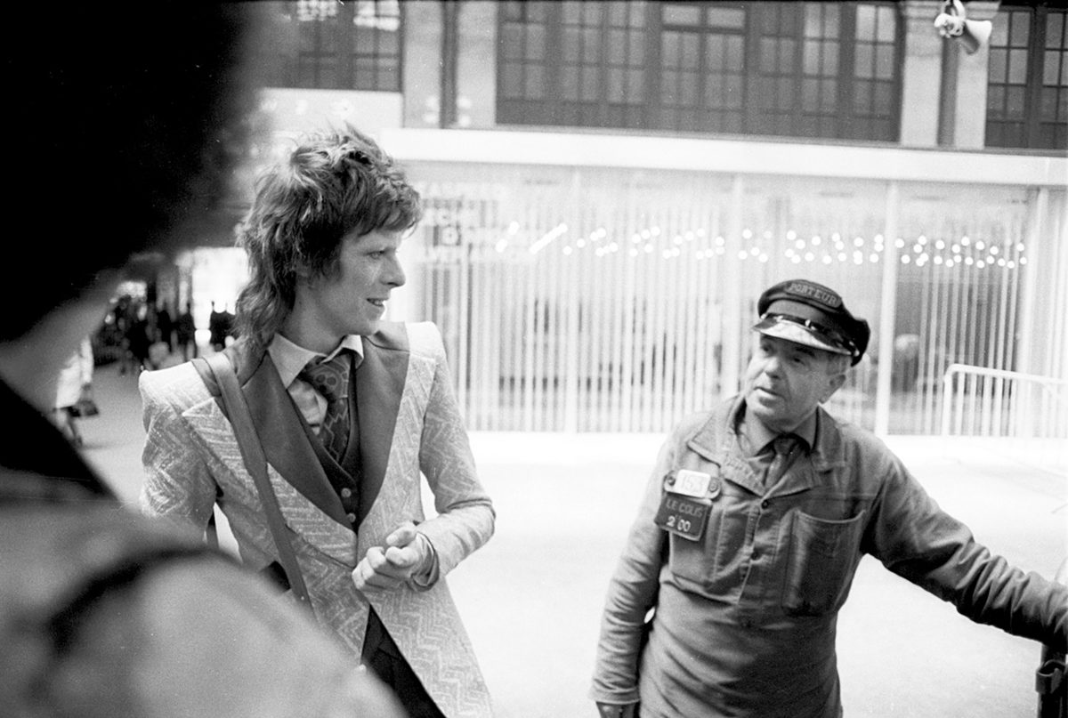 Just over CSM's shoulder: David Bowie and a railway guard, Paris, May 3, 1973