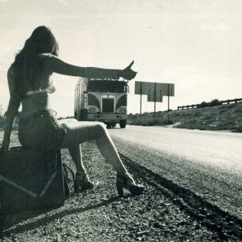 The Hitchhiking Craze: When Women Thumbed a Ride