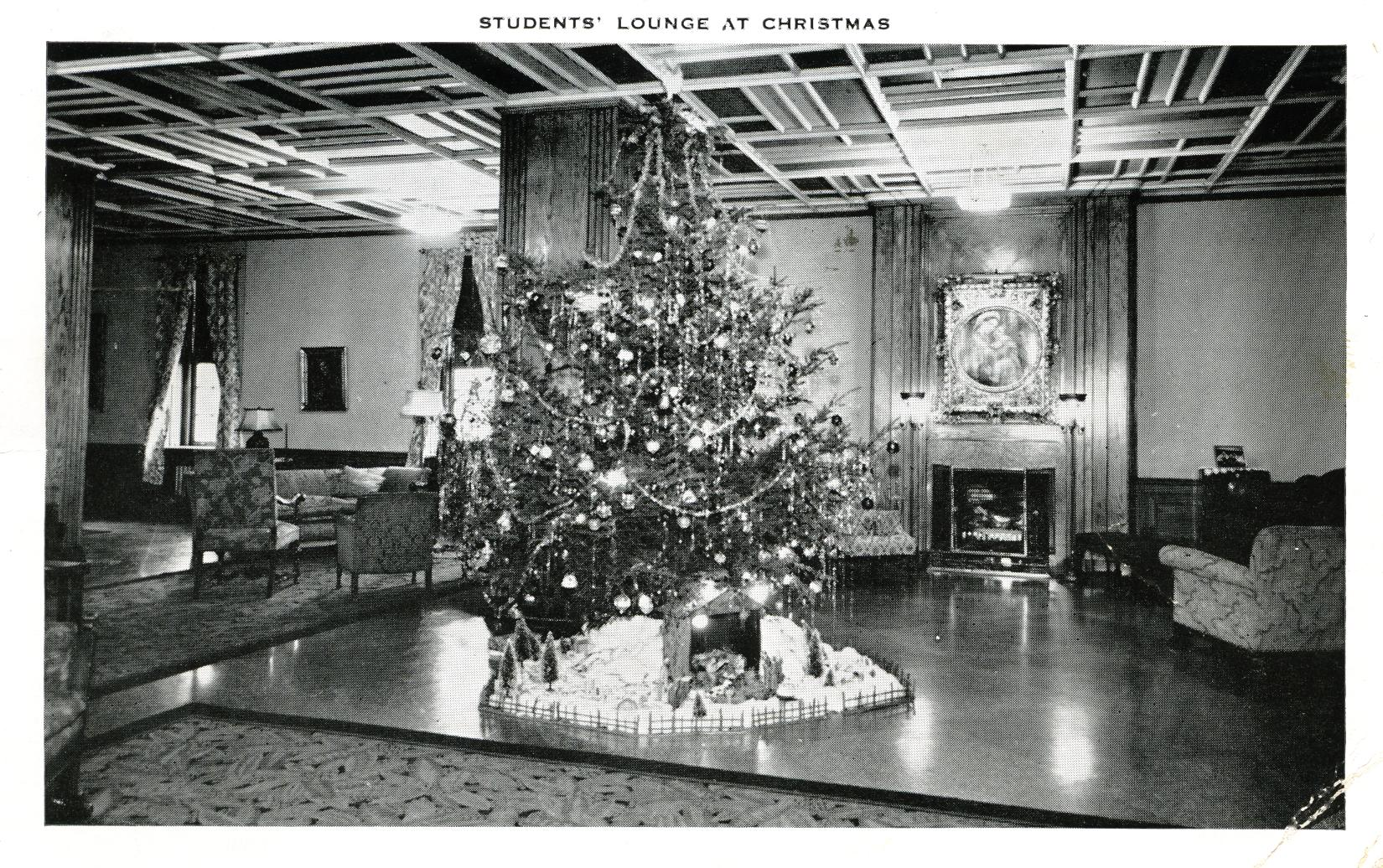 Students' Lounge at Christmas Saint Francis Hospital Pittsburgh PA Mary Immaculate Hall Nurses' Residence and School of Nursing, Saint Francis Hospital postmarked 1950