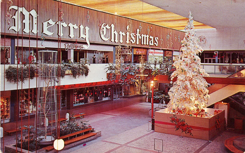 Minnesota Southdale Shopping Mall Edina MN Merry Christmas display sign