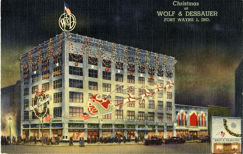 Indiana Wolf_Dessauer_Christmas_Fort Wayne IN