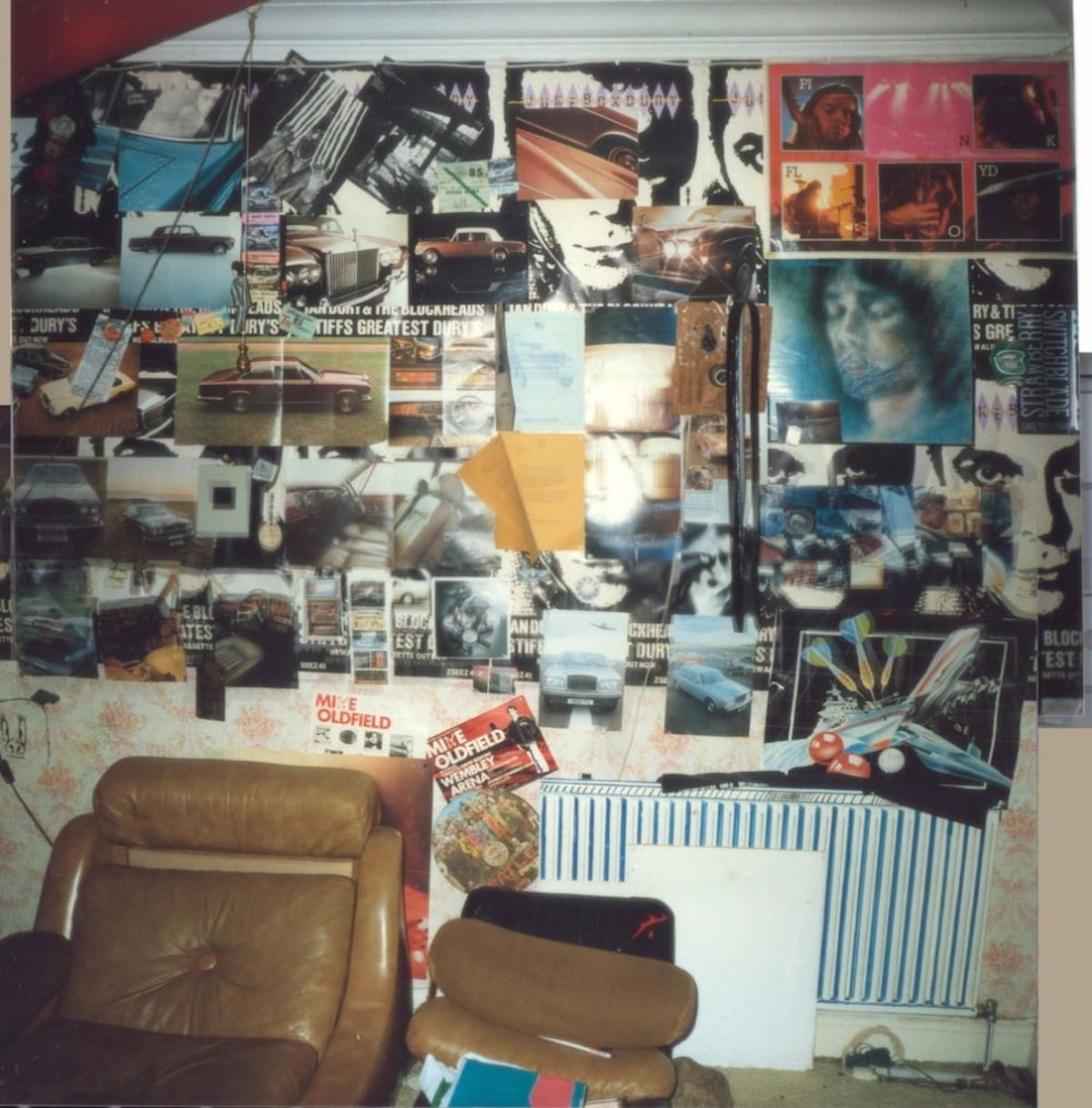 teenagers 1980s bedroom walls