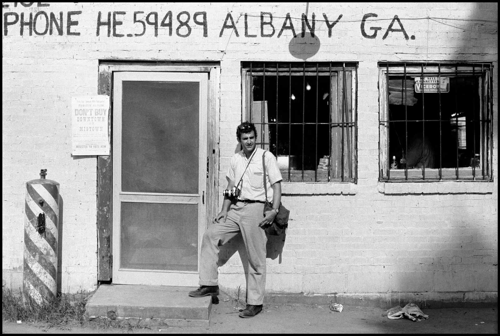 Danny Lyon/Magnum Photos Danny Lyon outside a movement headquarters in Albany, Georgia, 1962