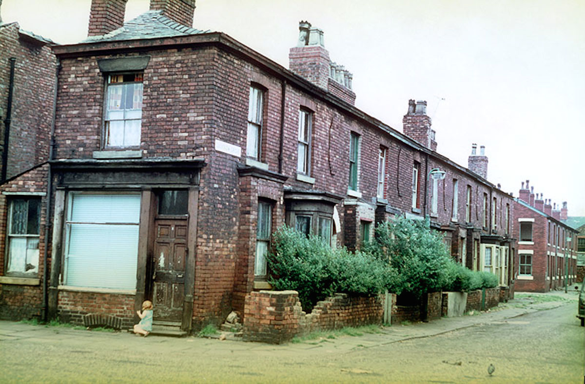 Terraced houses in Lucknow Grove, Hulme, mid 1960