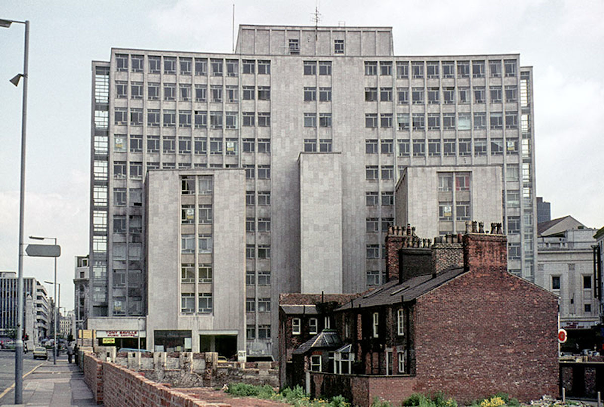 The rear of Peter House from Lower Mosley Street in 1967. Designed by Amsell & Bailey for the Clerical Medical & General Life Assurance Company, 1958.