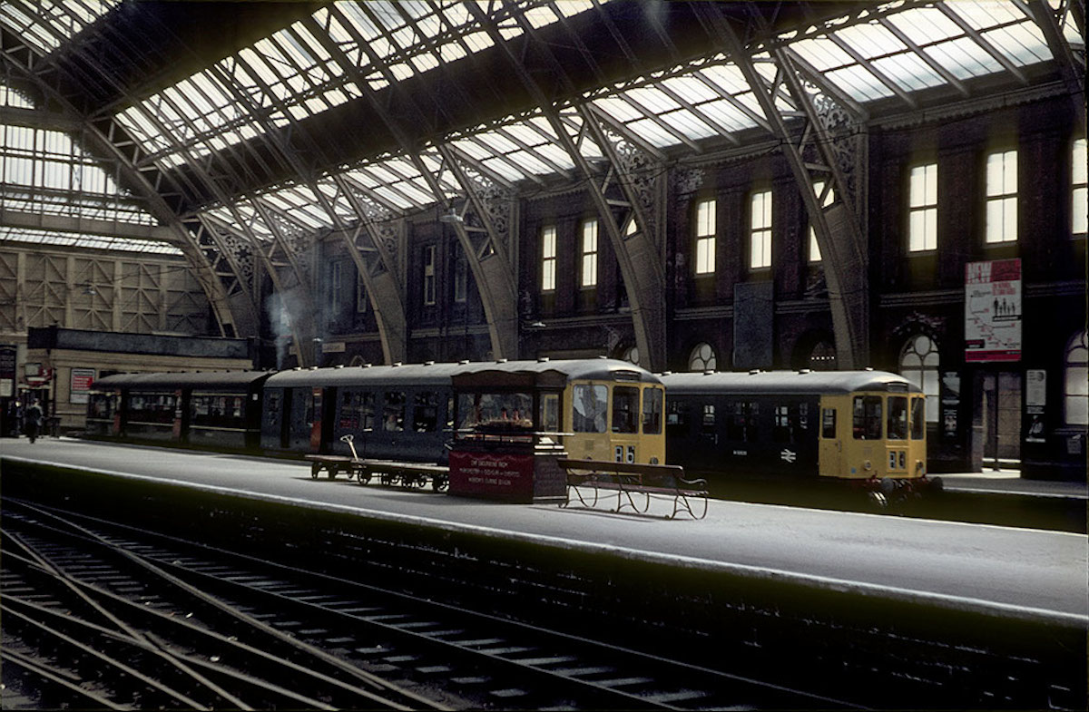 Diesel trains on platforms 5 and 6 at Manchester Central Station in the mid-1960s.
