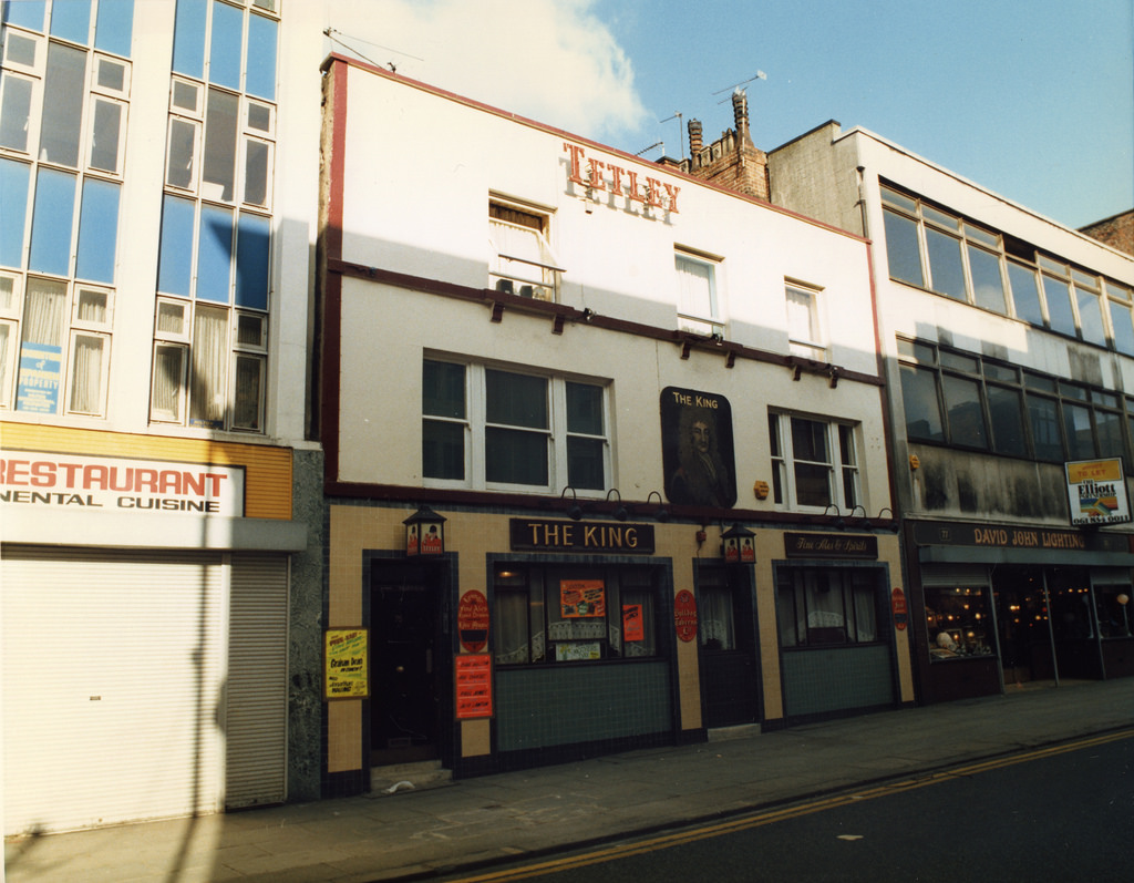 Manchester Archives+ : The King, Oldham Street c1988