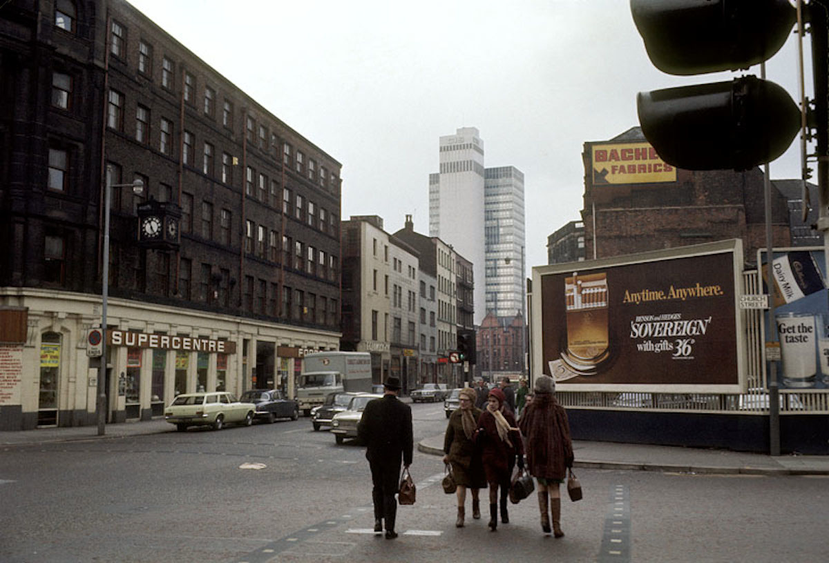 37 Snapshots Of Manchester In The 1970s Flashbak