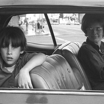 Watching People In Cars: 22 Terrific Photographs From California 1970