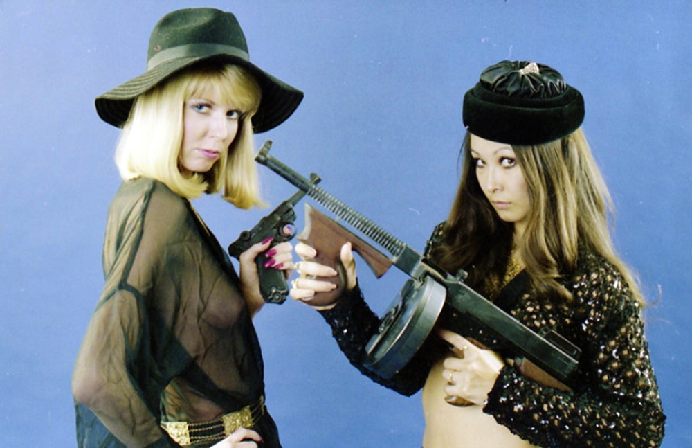 Girls N Guns 40 Vintage Images Of Women And Their