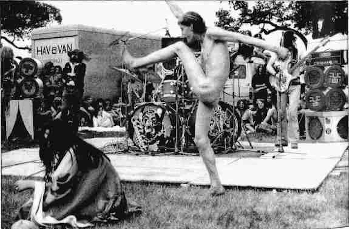 Jellett dancing in front of Hawkwind, Windsor Festival, 1974 (Source- UK Rock Festivals