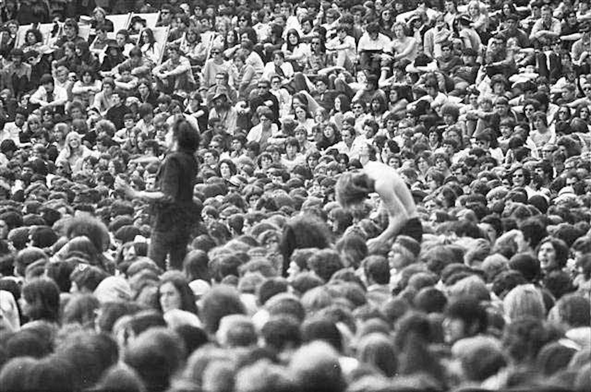Jellett, dancing on the right, at Blind Faith, in Hyde Park, June 1969 (Source- Barry Gonen, UK Rock Festivals)