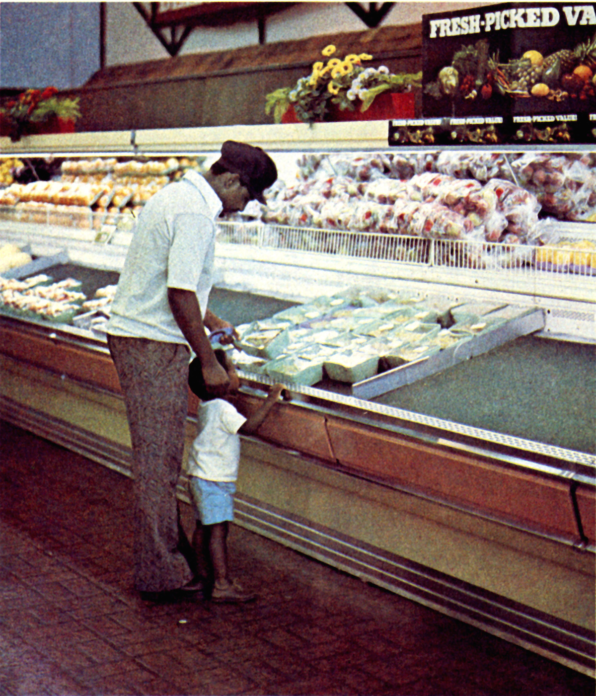 Markets And Menus 1974 supermarkets USA