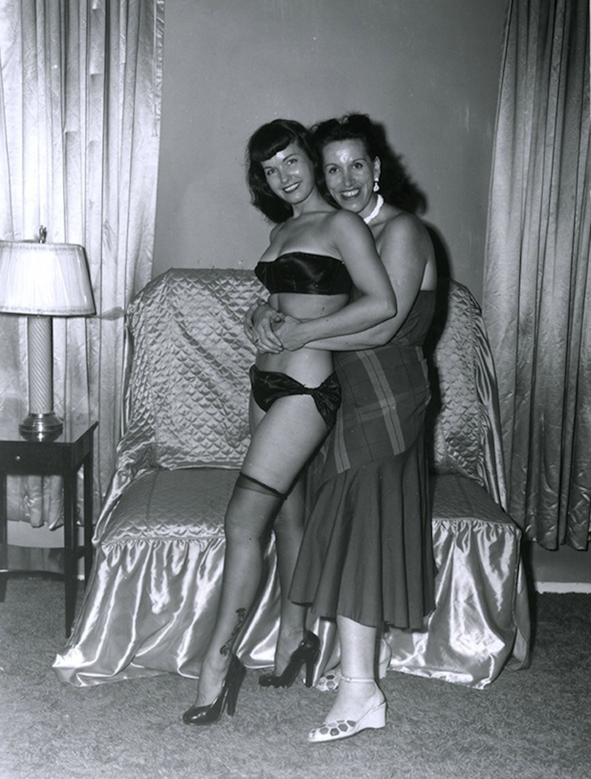 Bettie Page (left) with her photographer Paula Klaw, circa mid-1950s. Courtesy Movie Star News.