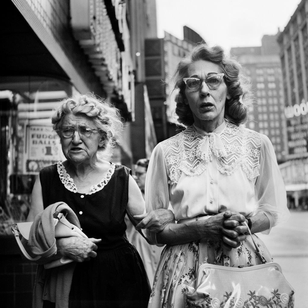 ©Estate of Vivian Maier:Maloof Collection, Courtesy Howard Greenberg Gallery, New York fashion