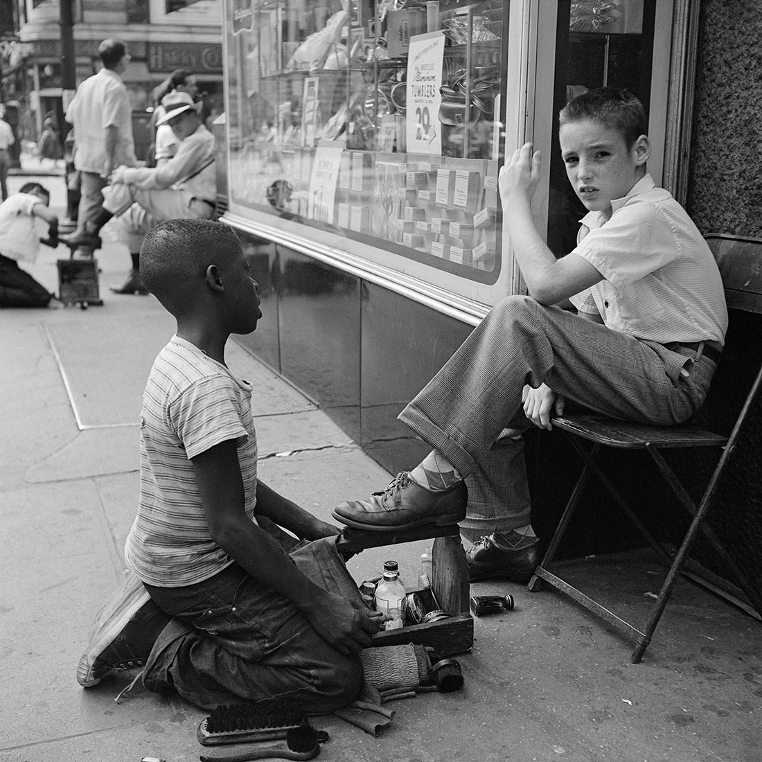 New York, NY. June 1954. Photo by Vivian Maier, courtesy the Maloof Collection:Howard Greenberg Galleries