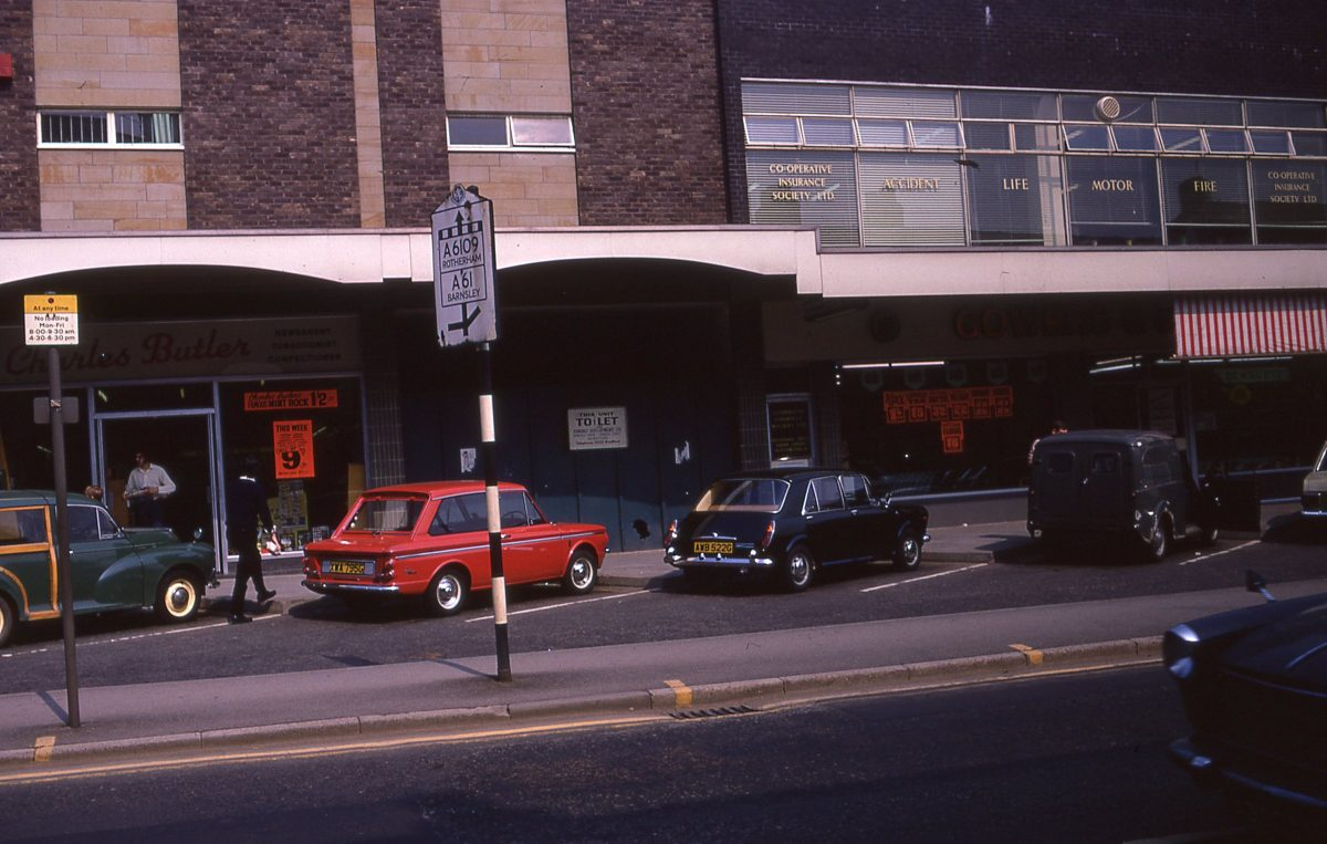 New shops on Fulwood Road, The Broomhill Study, Sheffield, May 1970.