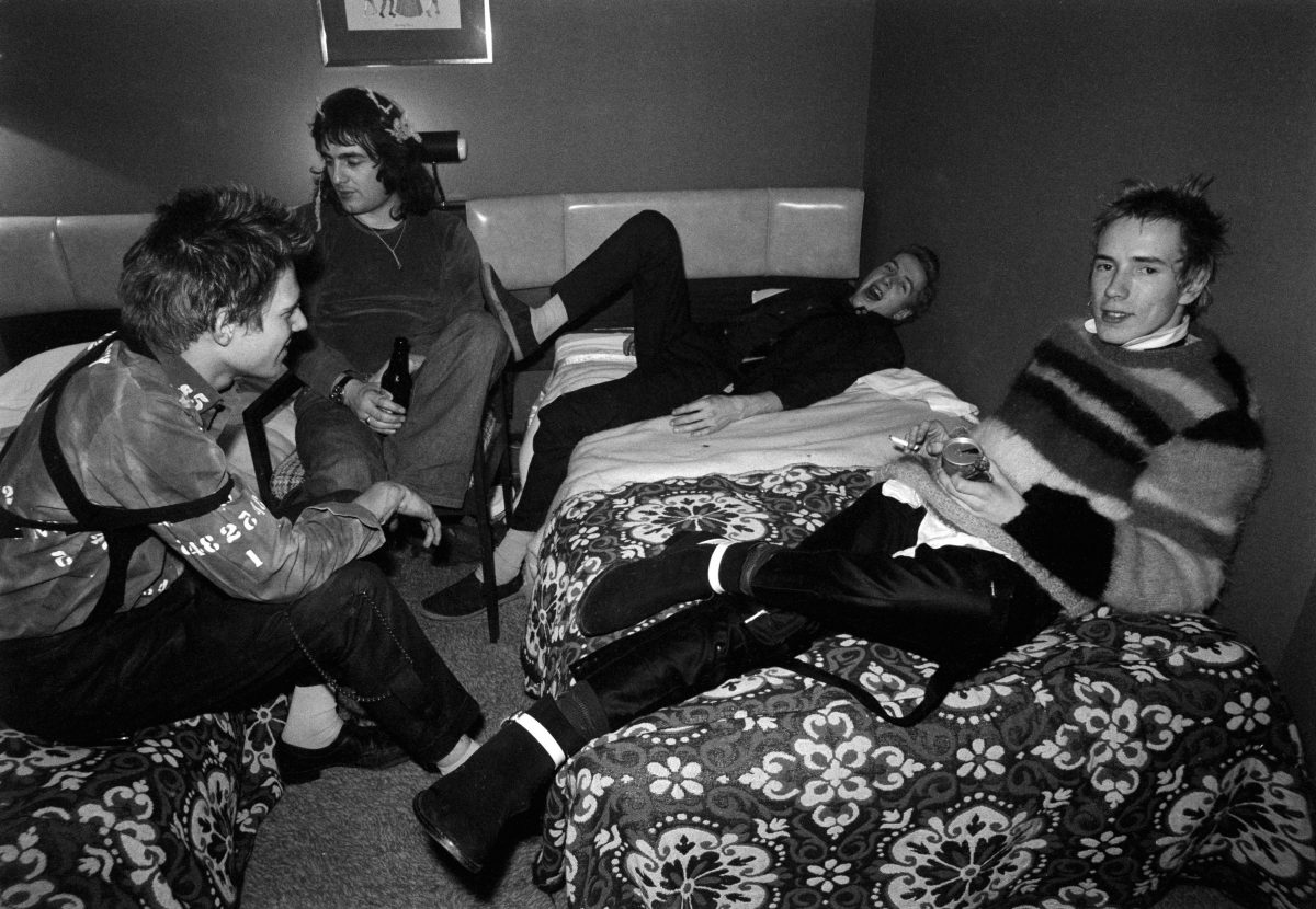 Paul Simonon, Goodman, Joe Strummer and Johnny Rotten. Anarchy Tour. Dec 1976