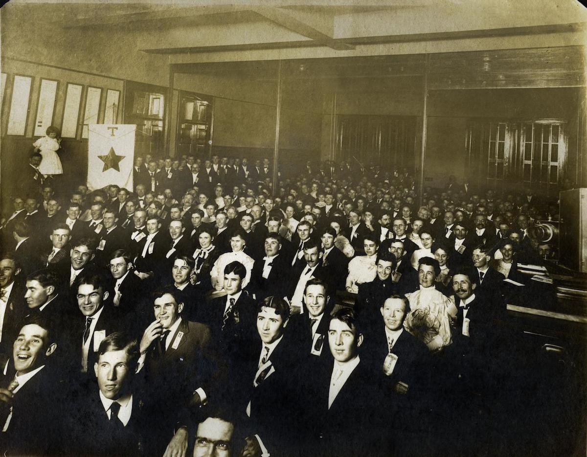 Photograph of a large group of students on their first day at the University of Texas in 1902. Byrd Williams Sr. traveled to Austin from Gainesville to photograph his son, Byrd Jr. who is somewhere in the crowd. DATE: 1902 CREATOR: Williams, Byrd M. (Byrd Moore), Sr.