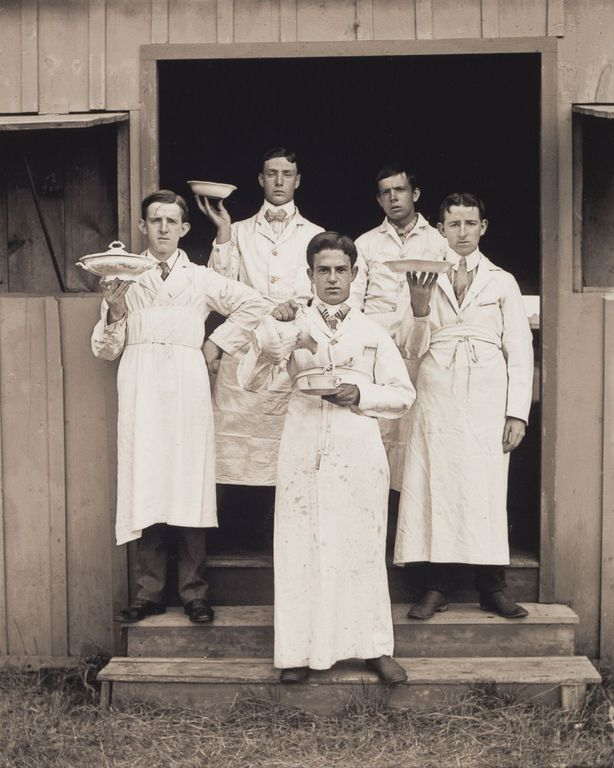 c. 1904 Portrait of Waiters at Green Hill.