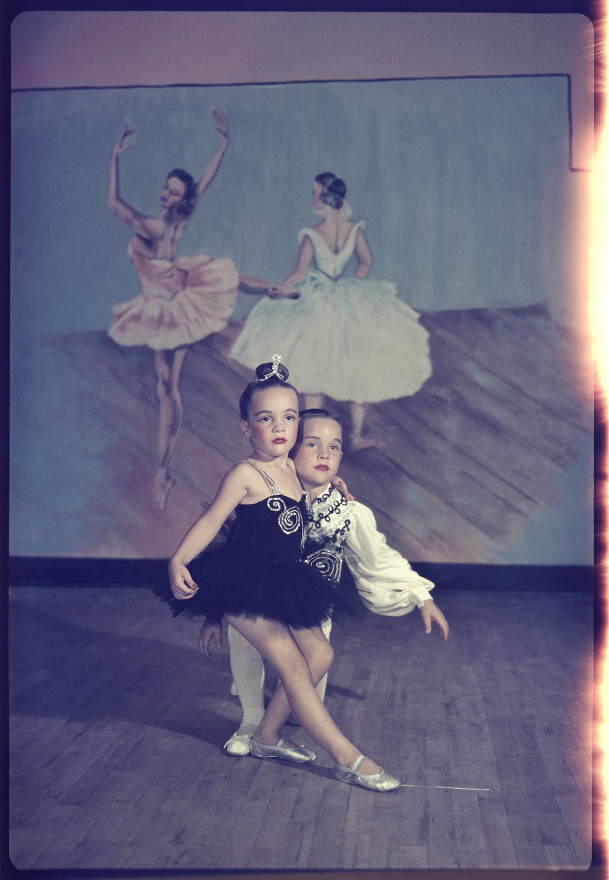 Williams, Byrd M. (Byrd Moore), III. [Young ballet dancers], photograph, 1947
