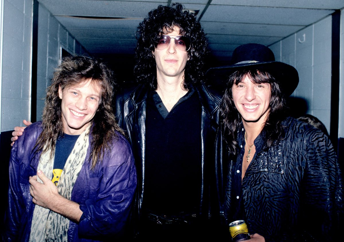 Jon Bon Jovi (L) and Richie Sambora (R) with Howard Stern backstage at Nassau Coliseum in Long Island, New York, April 7, 1987
