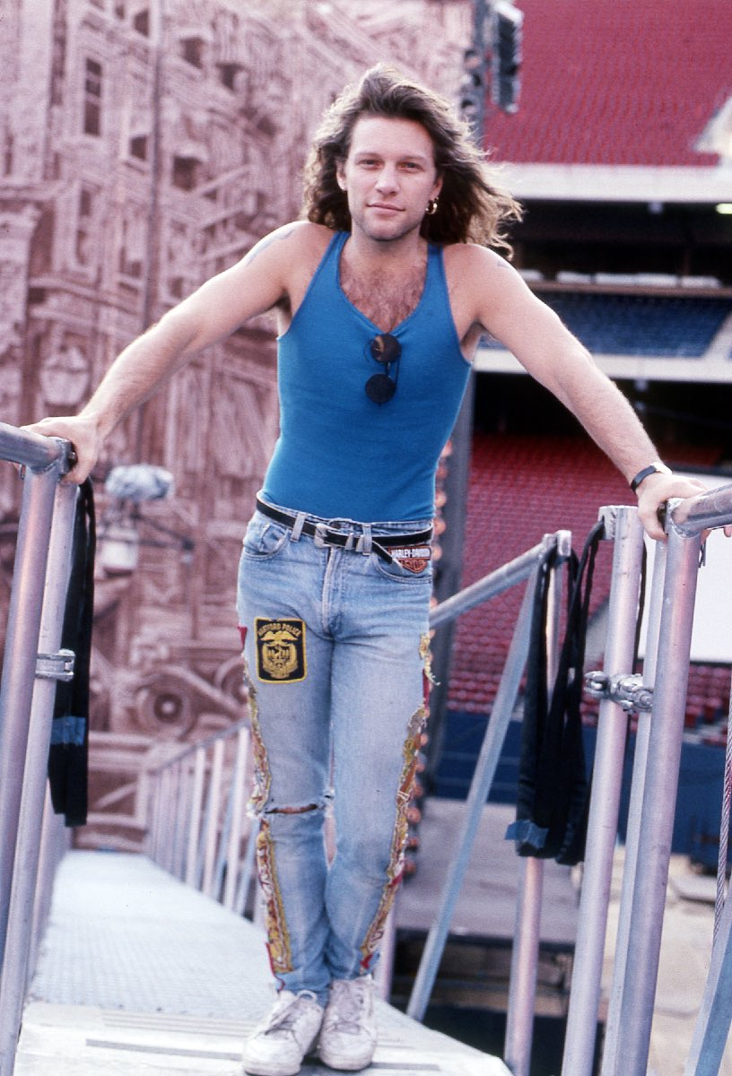 Jon Bon Jovi at Giants Stadium, East Rutherford, NJ June 11, 1989