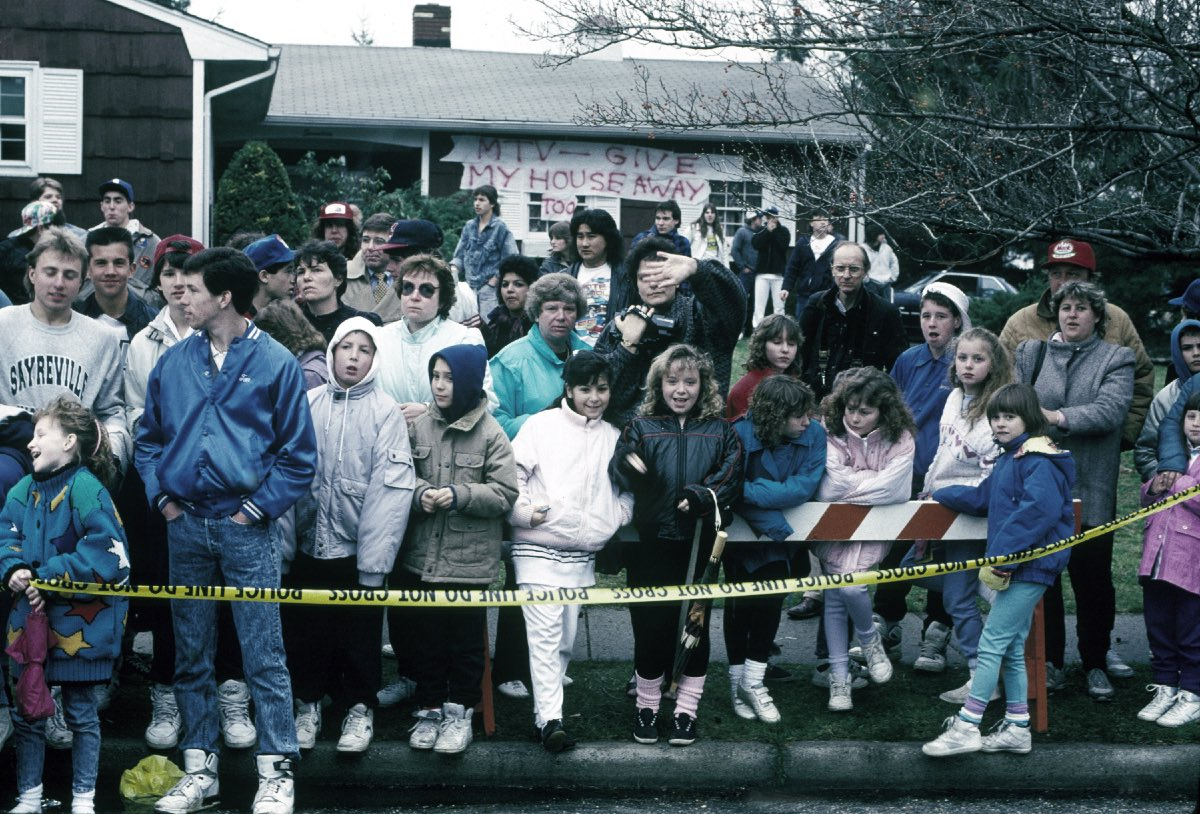 The MTV Giveaway of Jon Bon Jovi's Childhood Home, Sayreville, NJ March 30, 1989