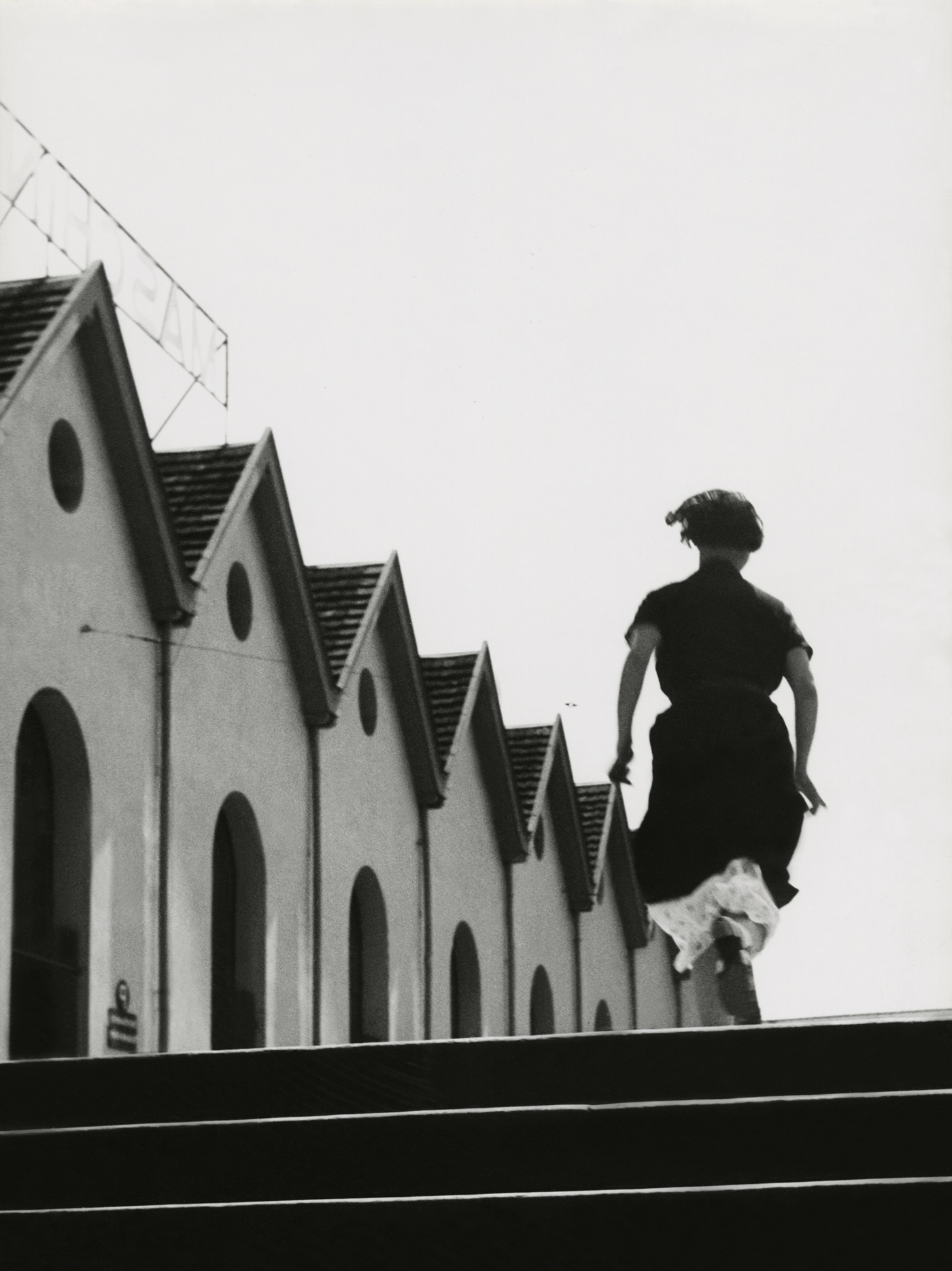 Jakob Tuggener (1904-1988) Running girl in the Maschinenfabrik Oerlikon 1934