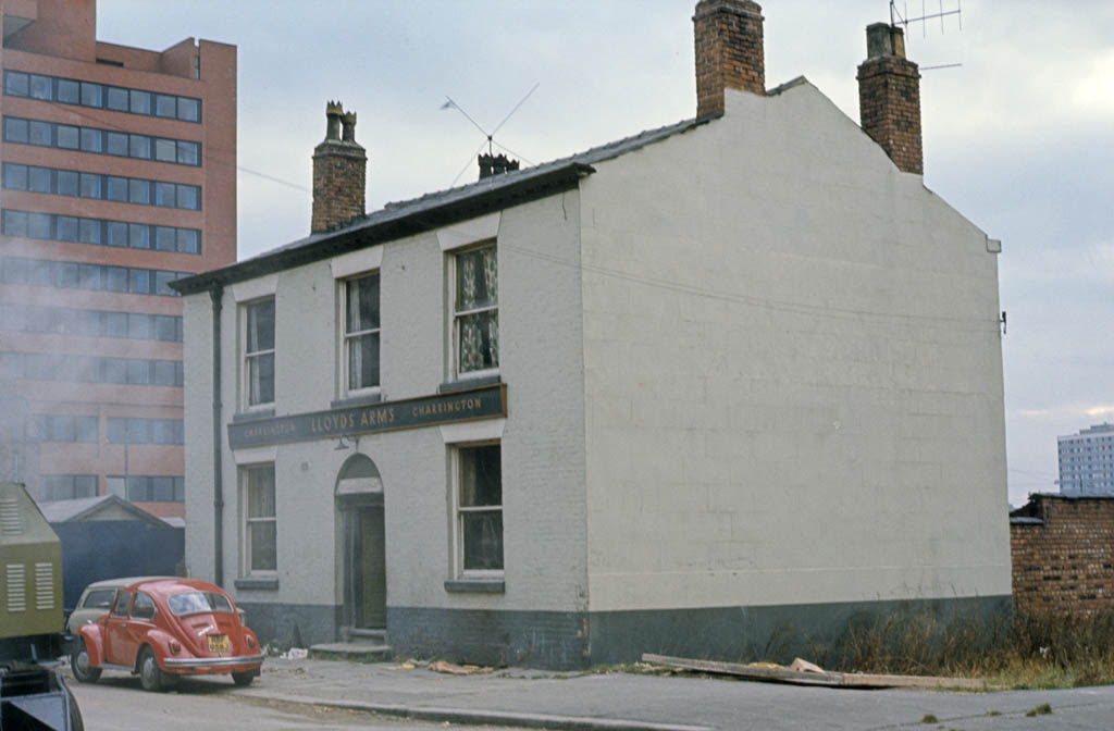 Manchester pubs, Exterior of the Lloyds Arms pub on Higher Ormond Street, All Saints, Manchester in 1971.