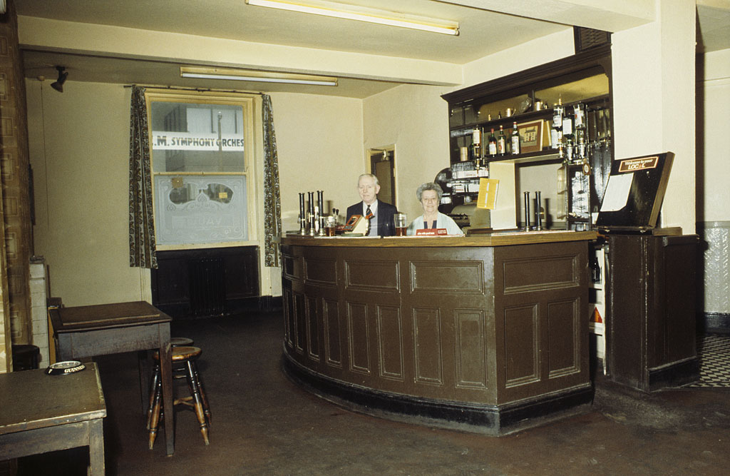 Manchester pubs, The vault in the Lloyds Arms pub on Higher Ormond Street, All Saints, Manchester, around 1974.