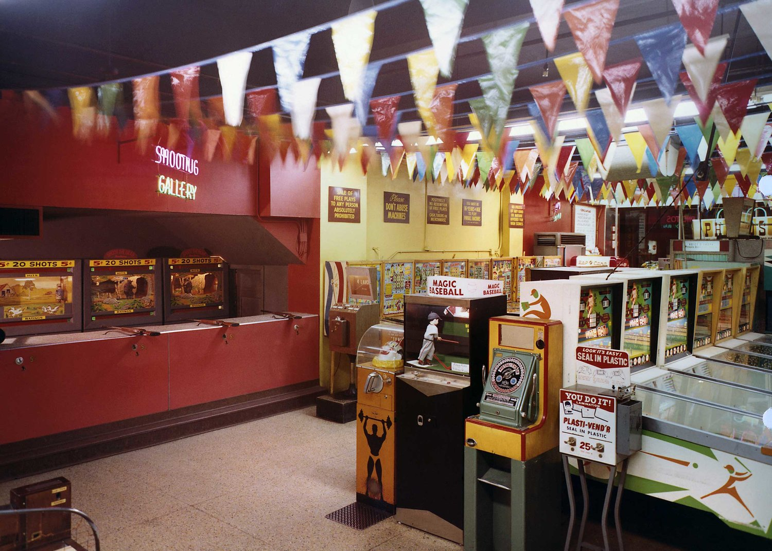 Wonderland Arcade, Kansas City, Missouri, 1968