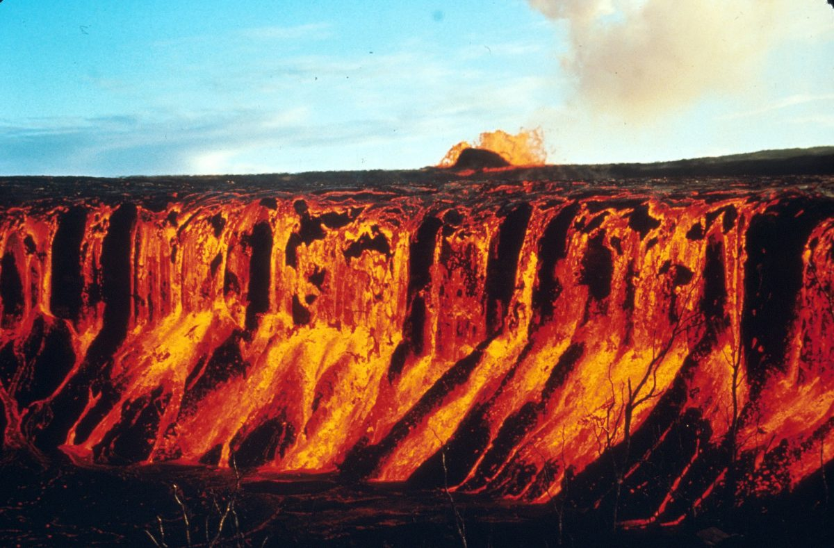 Hawaii Volcanoes National Park. 1969-1971 Mauna Ulu eruption of Kilauea Volcano. Cascade and fountain into Aloi Crater. Photo by D.A. Swanson, December 30, 1969.