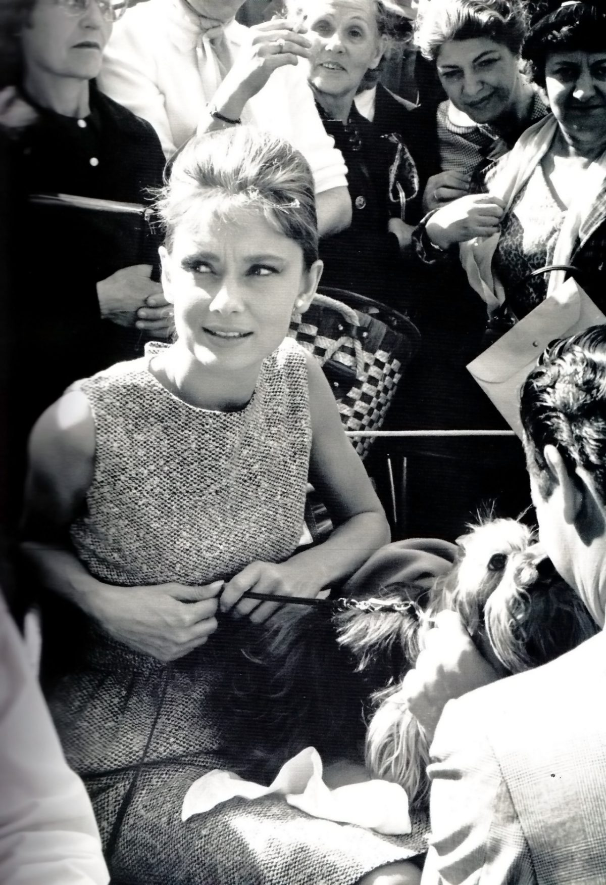 aa07f949b83 Audrey Hepburn on the set of Breakfast at Tiffany s directed by Blake  Edwards