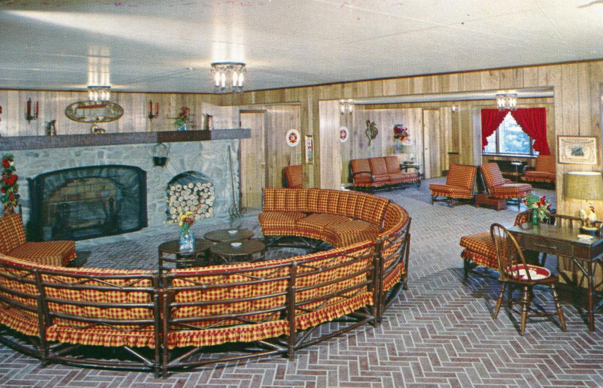pocono-manor-inn-terrace-lounge-pocono-manor-pa