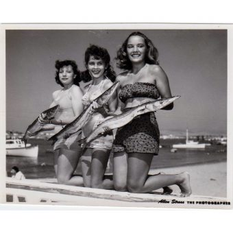 Beach Noir: 25 Vintage Snapshots Of Fun And Fear On The Sand