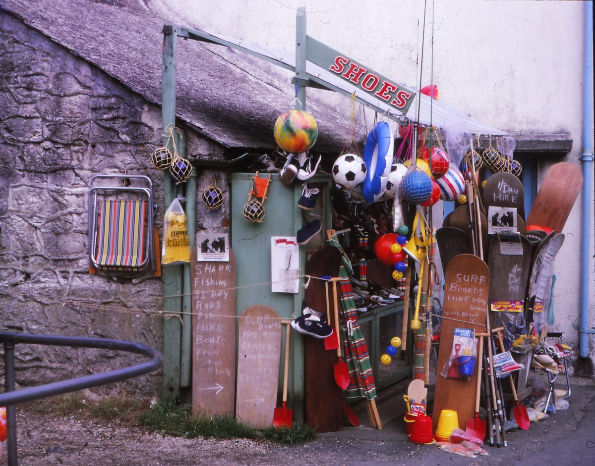 surf-shack--mullion-cornwall-1968