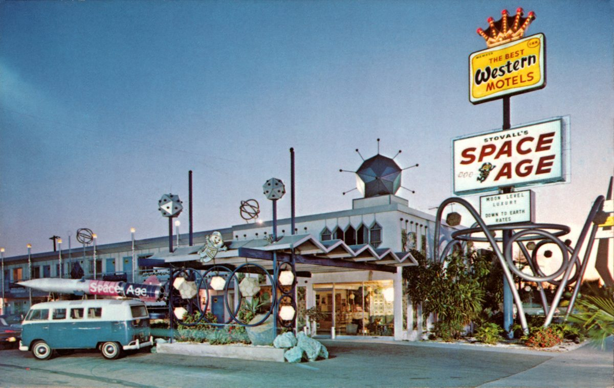 Space Age Lodge Stovell Disneyland