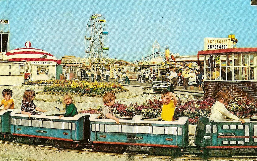 British Amusement Parks postcard