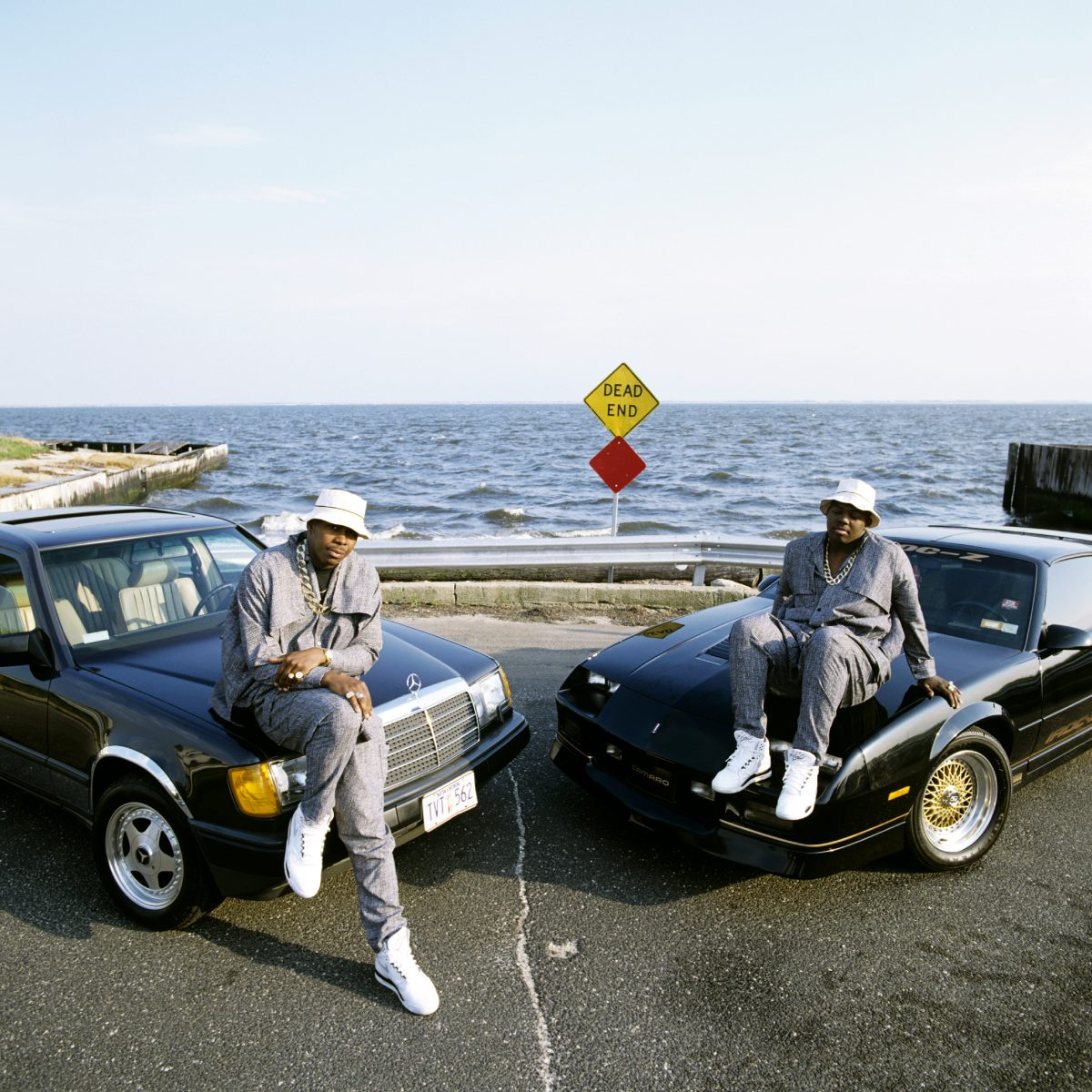 EPMD photographed in Babylon, Long Island in 1989. © Janette Beckman / Retna Ltd.