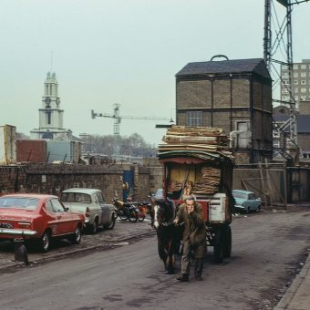 Spectacular Photos of London's Lost East End In Kodachrome