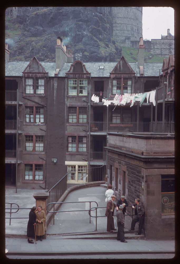 Jun. 17, 1961 Description (Slide): Portsburgh Square below Edinburgh Castle