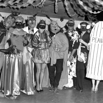 Halloween Party Yesteryear: 20 Found Photos from the 1950s -1980s