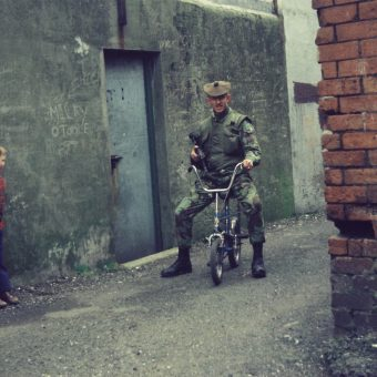 """Stuff the Jubilee"" – The Gordon Highlanders on Patrol in Belfast in 1977/78"