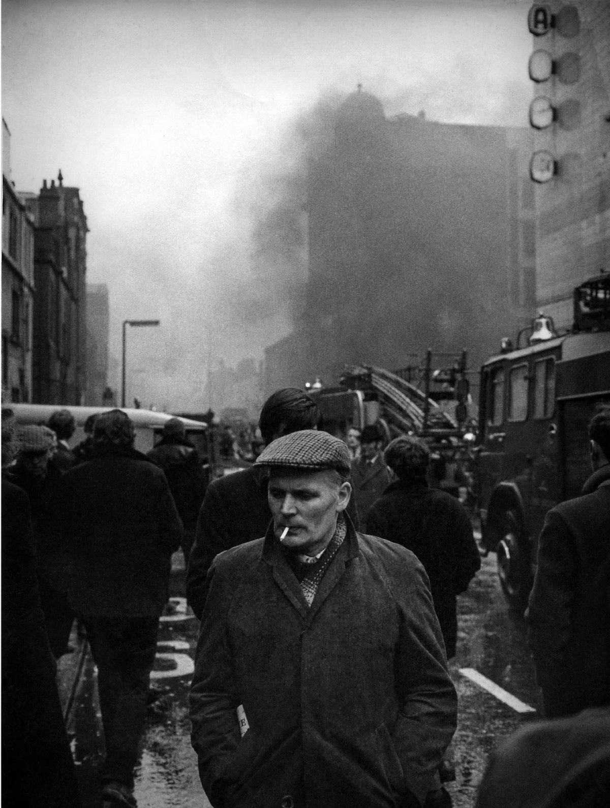 'Reconstructions' – Extraordinary Photographs and Poems of 'the Troubles'
