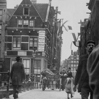 Impressionism As Street Photography: George Hendrik Breitner's Streets of Amsterdam