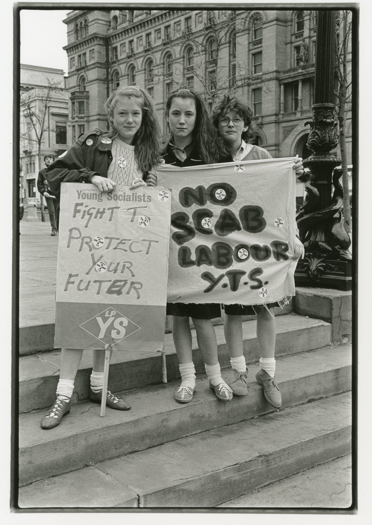 Great Photos of the Liverpool School Strike of 1985